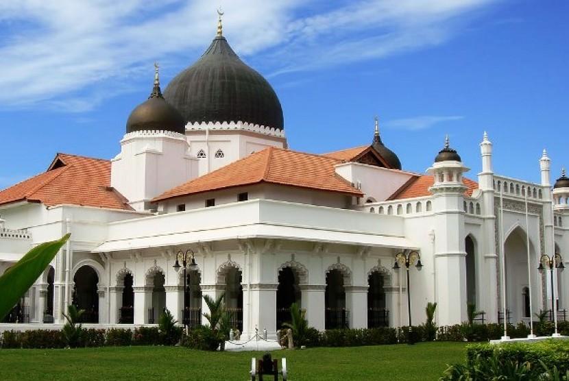 Mufti Penang: Masuk Masjid Transgender Harus Ubah Penampilan. Masjid Kapitang Keling Penang
