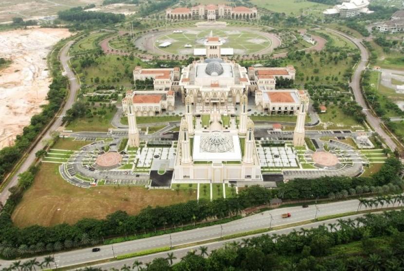 Desain Futuristik Masjid Kota Iskandar Malaysia Republika