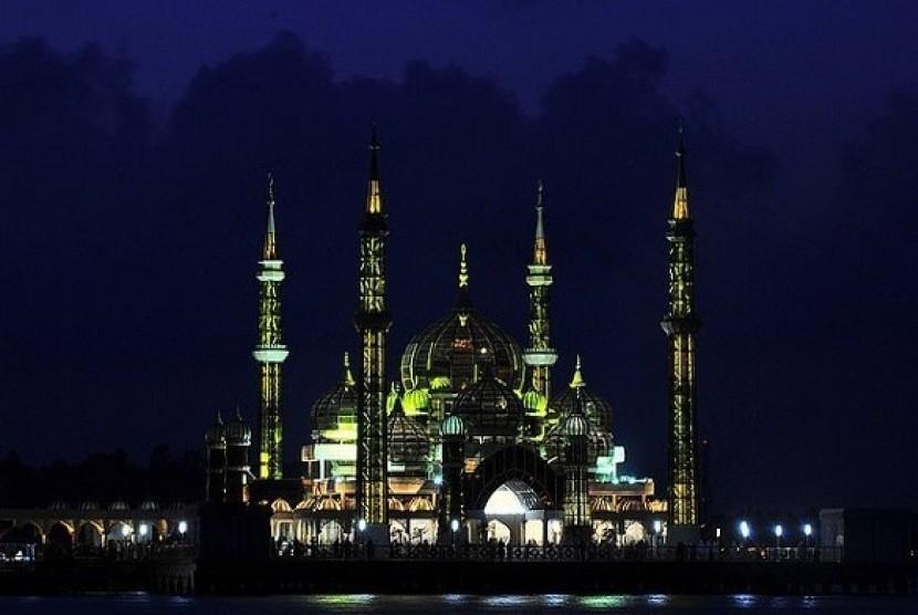 Subhanallah Masjid Kristal Ini Tercantik Di Dunia Republika Online