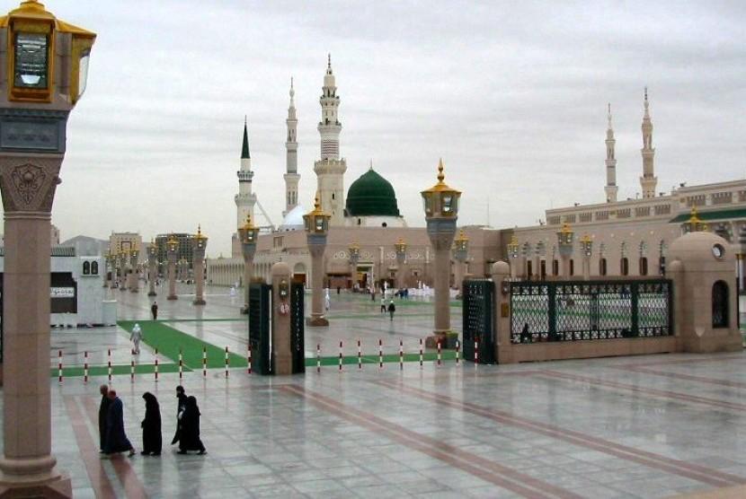 Masjid Nabawi di Madinah, Arab Saudi.