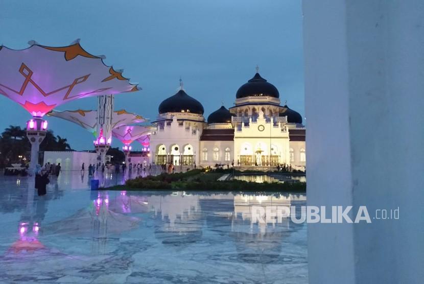 Masjid Raya Baiturrahman, Banda Aceh.
