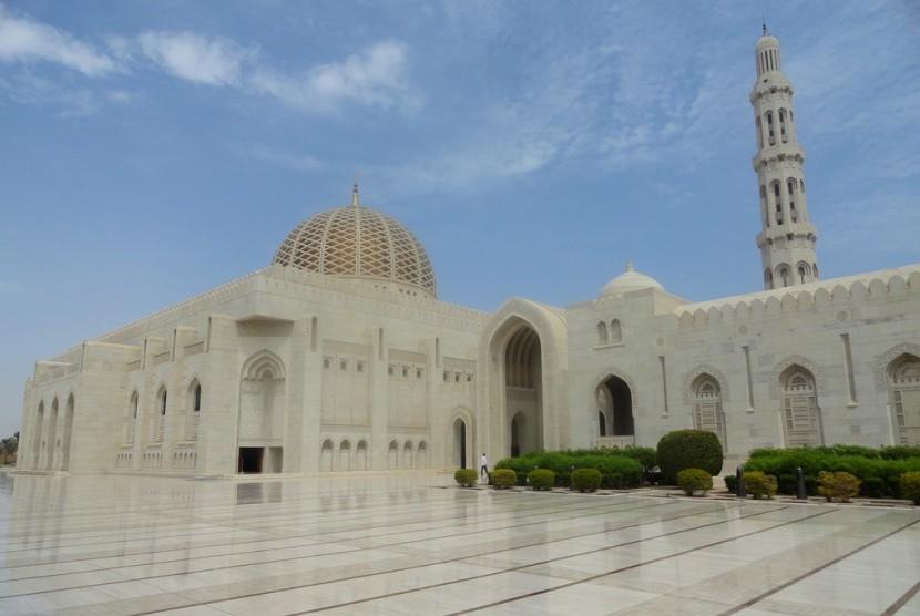 Masjid Sultan Qaboos di Muscat, Oman.