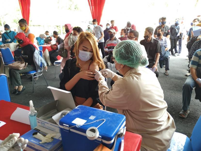Capaian Vaksinasi di Tasikmalaya Masih Rendah (ilustrasi).
