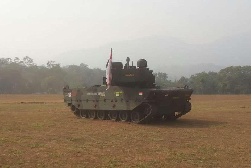 Medium Tank milik PT Pindad (Persero)