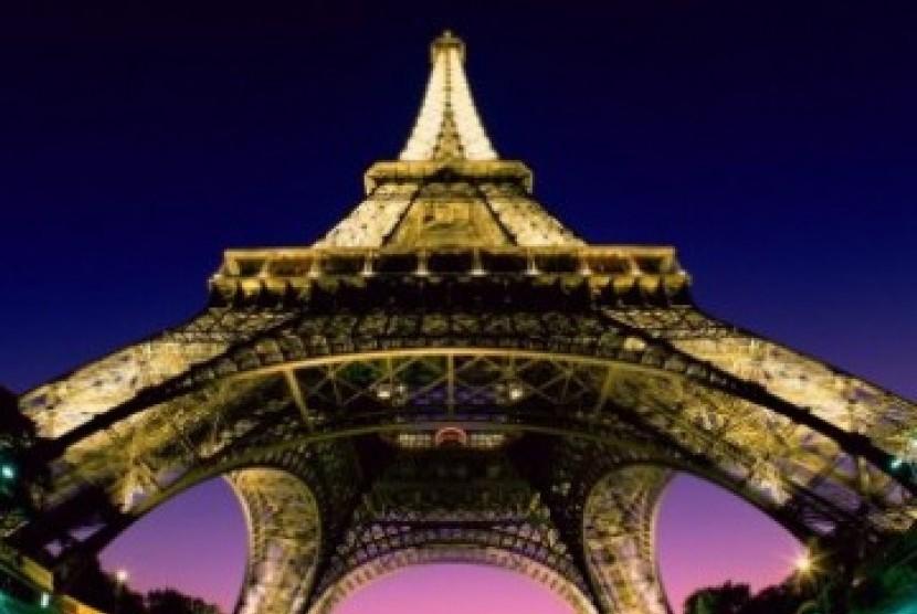 Menara Eifel, Prancis