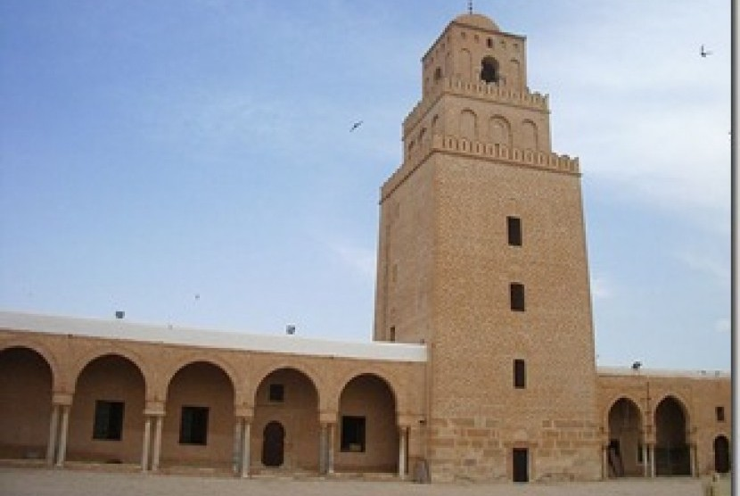 Menara Masjid Uqba, Tunisia