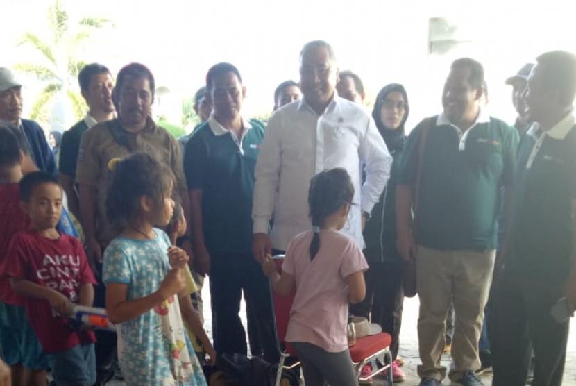 Mendes PDTT Eko Putro Sandjojo mengunjungi korban gempa Palu.