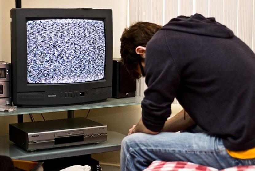 Mengurangi jam menonton televisi dapat membantu meningkatkan kualitas hidup kita