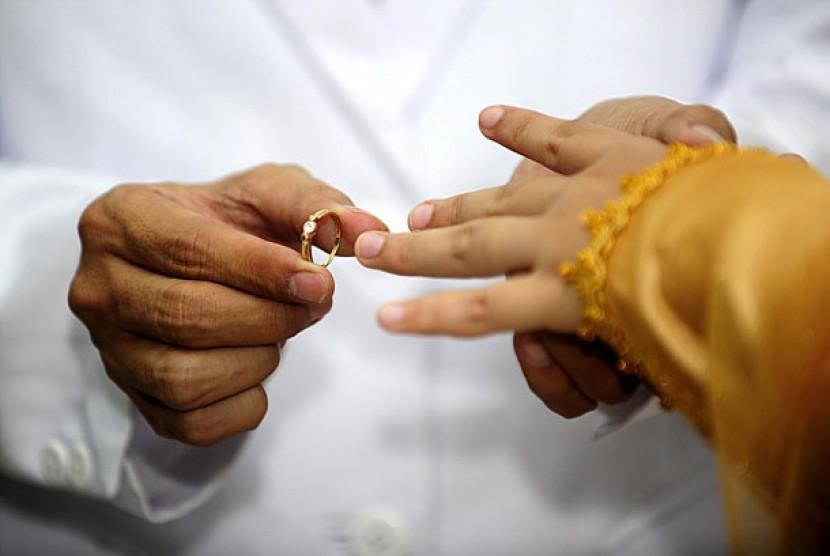 Menikah.   (ilustrasi)