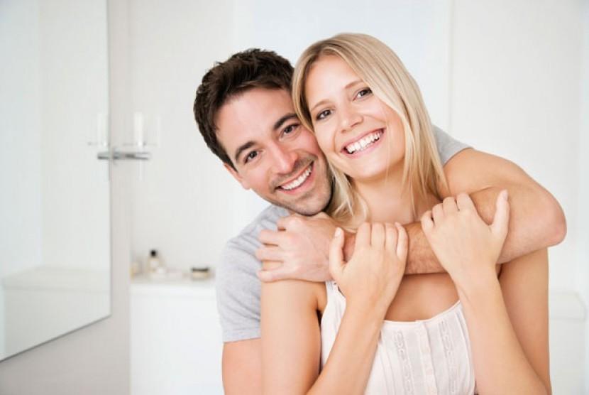 Menikah memberi efek menggemukkan bagi suami dan istri.