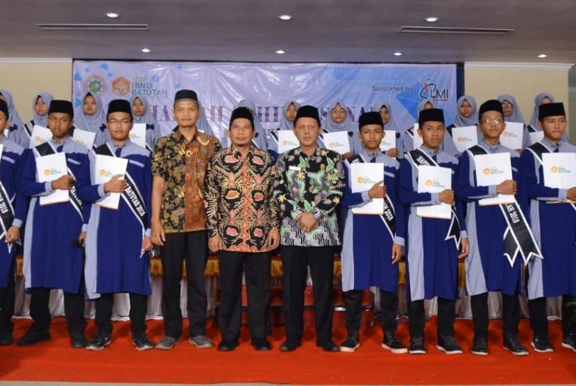 "Menjelang Bulan Ramadhan 1439 H, tepatnya pada hari Selasa, 15 Mei 2018, SMP Ibnu Batutah mengadakan kegiatan tahunan yaitu ""Haflah Akhirussanah""."