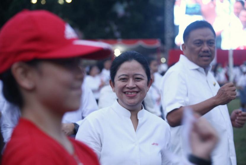 Menko PMK Puan Maharani menghadiri Pekan Kerja Nyata Revolusi Mental di Manado.