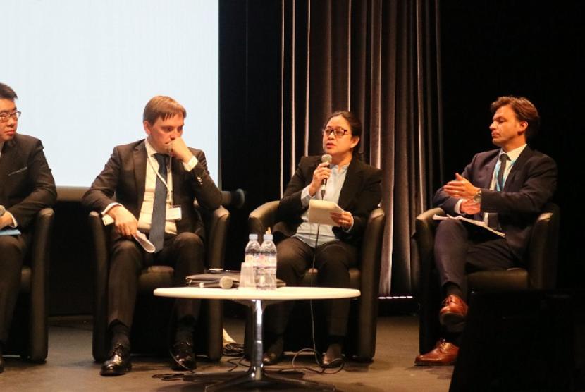 Menko PMK Puan Maharani  Sesi Panel Diskusi Dua Perspektif Negara Mengenai Kesiapansiagaan untuk Keadaan Darurat Kesehatan pada Konferensi Tingkat Tinggi Organisasi Kesehatan Dunia (WHO).