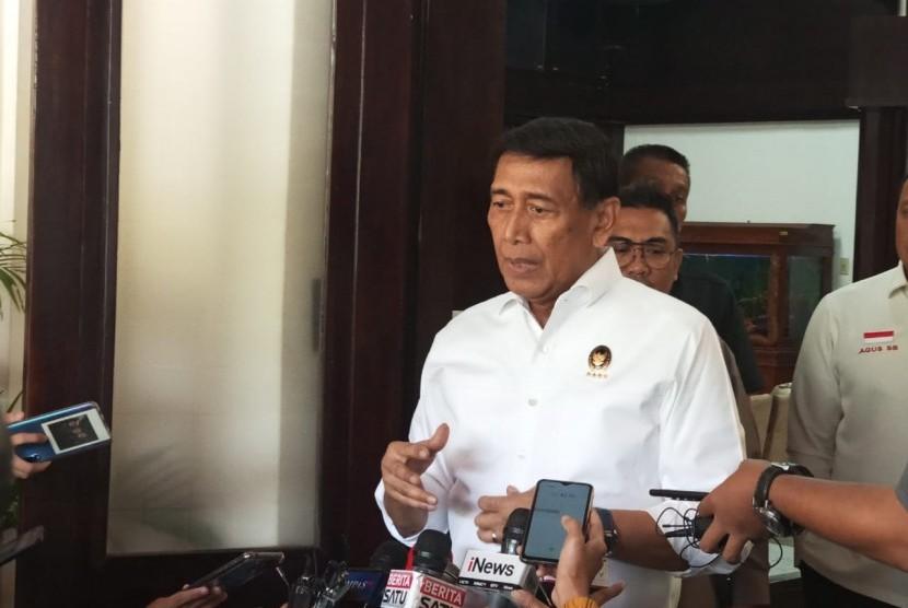 Menkopolhukam Wiranto memberikan keterangan, Kemenkopolhukam, Jakarta, Senin (10/6).