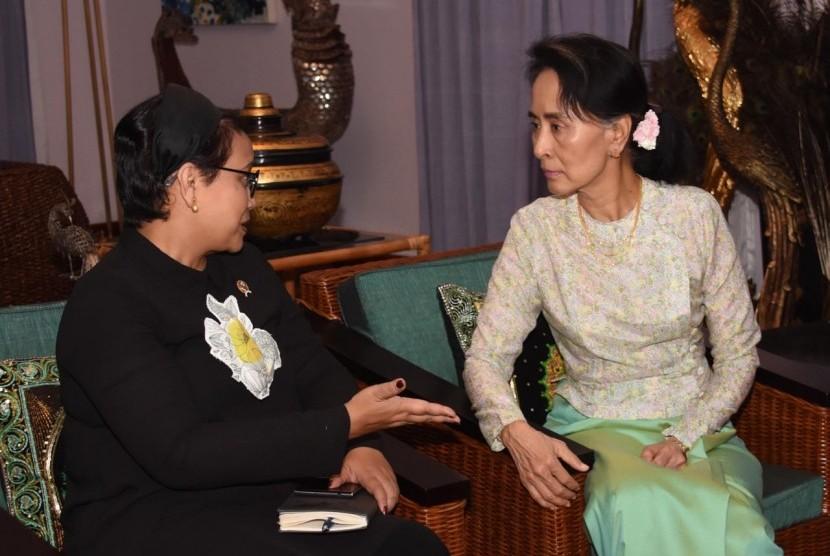 Menlu Retno Marsudi dan State Counsellor Daw Aung San Suu Kyi bahas situasi di Rakhine State, Myanmar