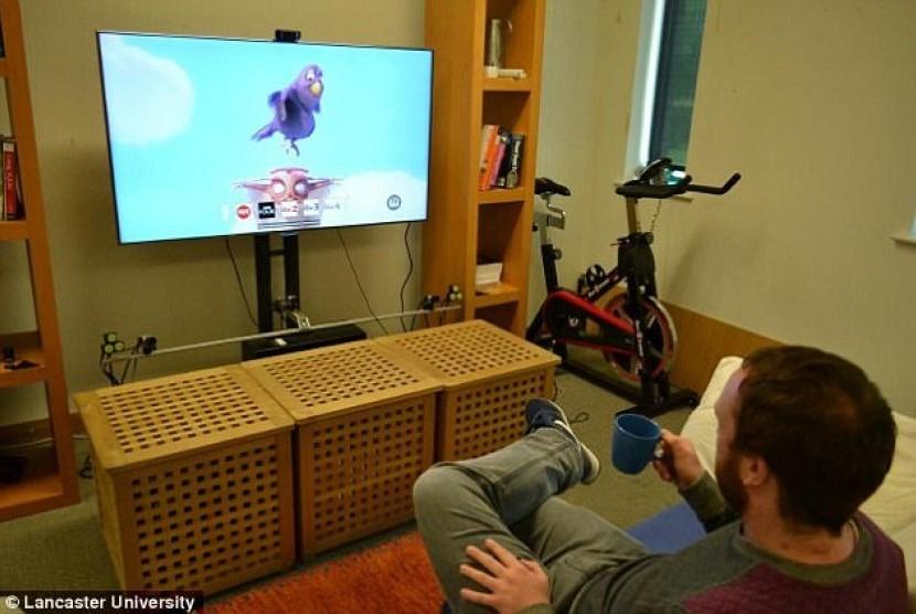 Menonton tv. ilustrasi