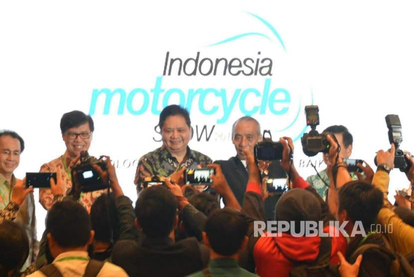 Menperin Airlangga Hartarto resmikan IMOS 2016