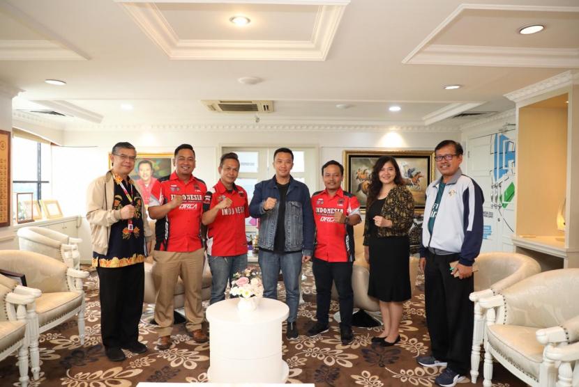 Menpora Imam Nahrawi menerima kunjungan Indonesia Stuntride Association (ISA) di Lantai 10, Kemenpora, Jakarta, Selasa (19/3) sore.