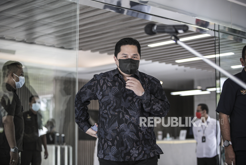 Ketua Masyarakat Ekonomi Syariah (MES) dan juga Menteri BUMN Erick Thohir mengatakan pandemi menjadi momentum dalam memperbaiki tata kelola BUMN. (ilustrasi)
