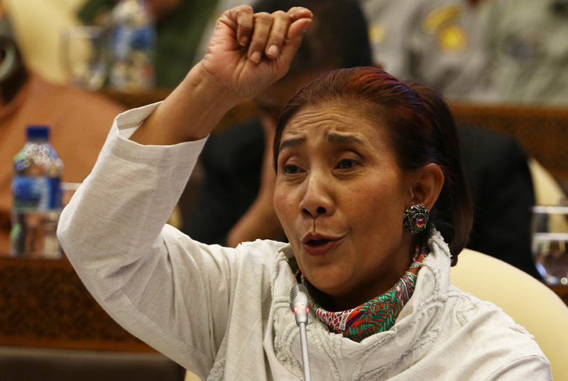 Image result for Susi Pudjiastuti