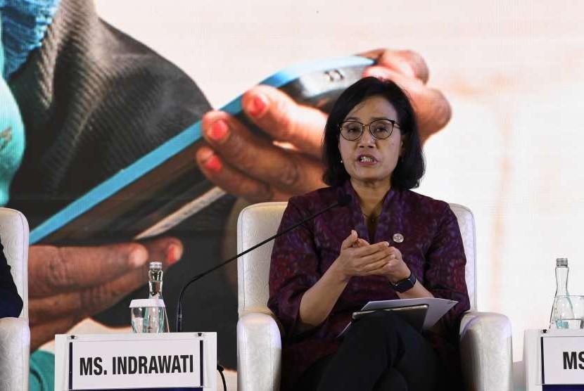 Menteri Keuangan Sri Mulyani Indrawati menyampaikan materi pada sesi Pathways to Prosperity dalam rangkaian Pertemuan Tahunan IMF - World Bank Group 2018 di Nusa Dua, Bali, Kamis (11/10).