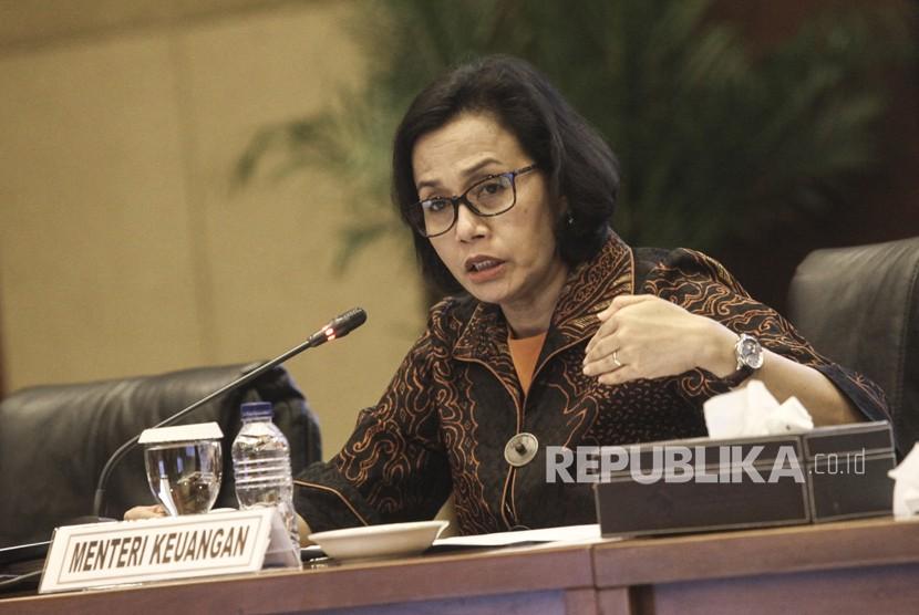Menteri Keuangan Sri Mulyani memberikan paparan kepada media tentang Realisasi APBN Per Januari 2018 di Kementerian Keuangan, Jakarta, Selesa (20/2).