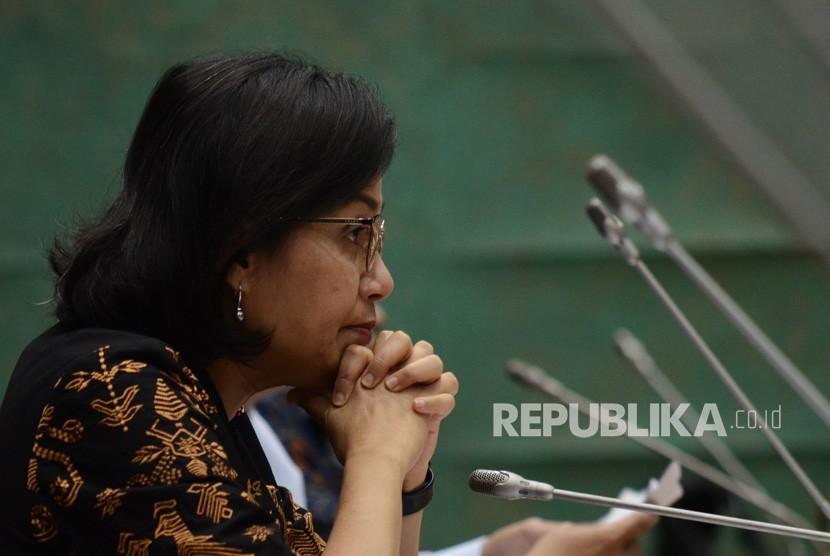 Menteri Keuangan Sri Mulyani mengikuti rapat kerja bersama komisi XI DPR di Kompleks Parlemen Senayan, Jakarta Pusat, Rabu (21/8/2019).
