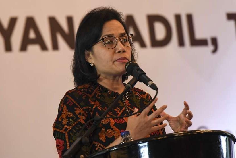Menteri Keuangan Sri Mulyani menjadi pembicara utama di hadapan para pengusaha Indonesia dalam seminar di Jakarta, Jumat (14/9).