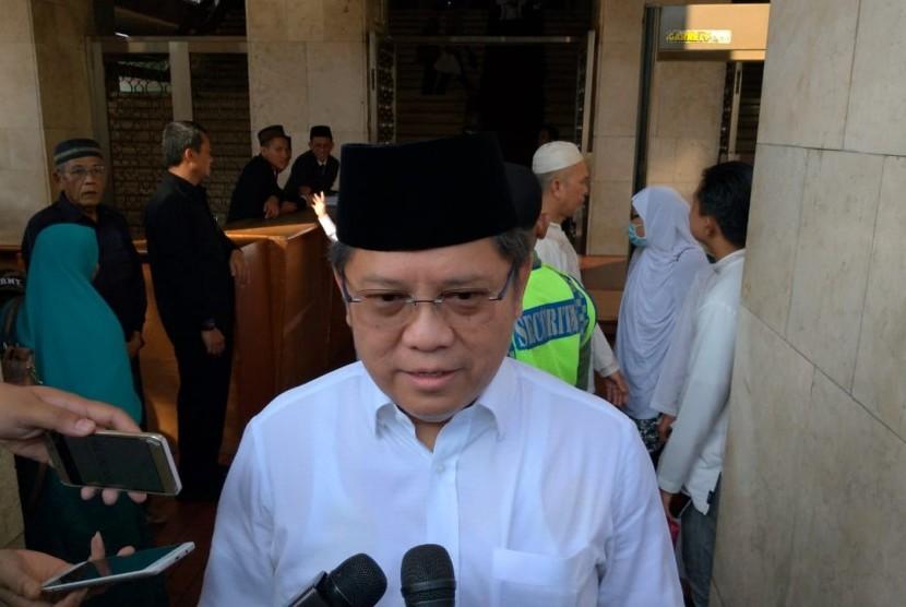Menteri Komunikasi dan Informatika, Rudiantara, usai melaksanakan shalat Idul Fitri 1440 Hijriah di Masjid Istiqlal, Jakarta, Rabu (5/6).