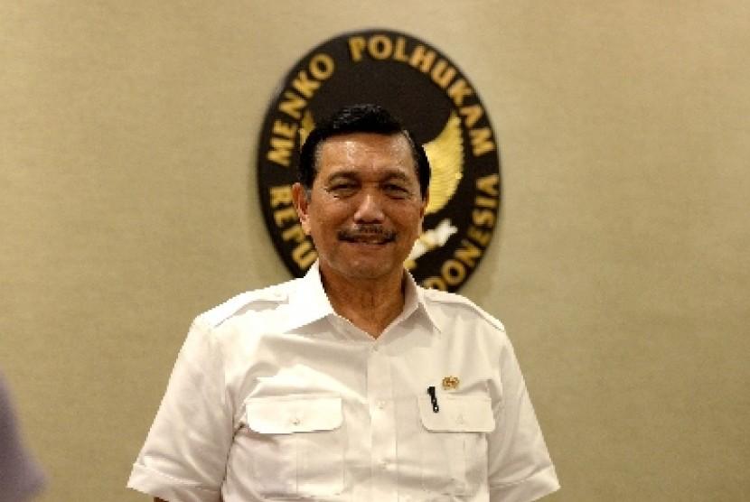 Menteri Koordinator Bidang Politik, Hukum, dan Keamanan Luhut Panjaitan.