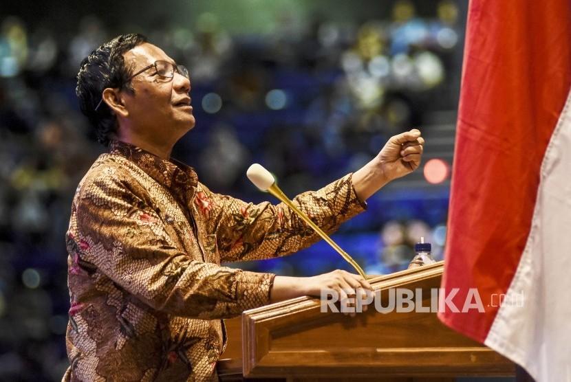 Mahfud MD: TNI-Polri Turun Tangan Bubarkan Kerumunan