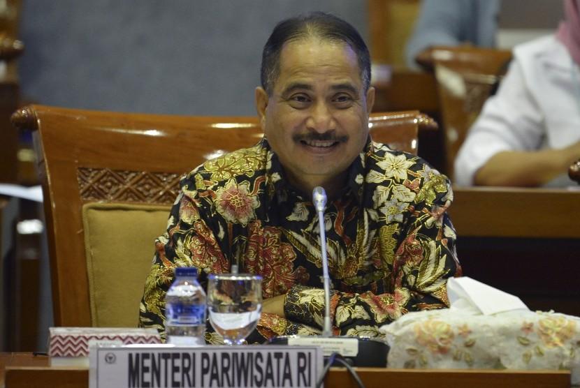 Menteri Pariwisata Arief Yahya melakukan rapat kerja dengan Komisi X DPR di gedung parlemen, Senayan Jakarta, Kamis (20/6/2019).