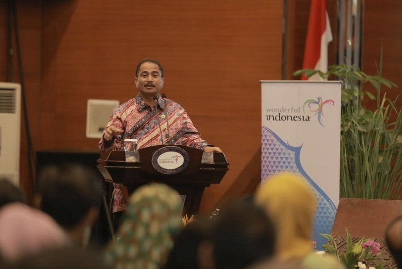 Menteri Pariwisata Arief Yahya saat membuka seminiar TripAdvisor Insight Forum, A Workshop for Digital for Destinations, Selasa (6/9) di Balairung Soesilo Soedarman, Gedung Sapta Pesona, Jakarta.