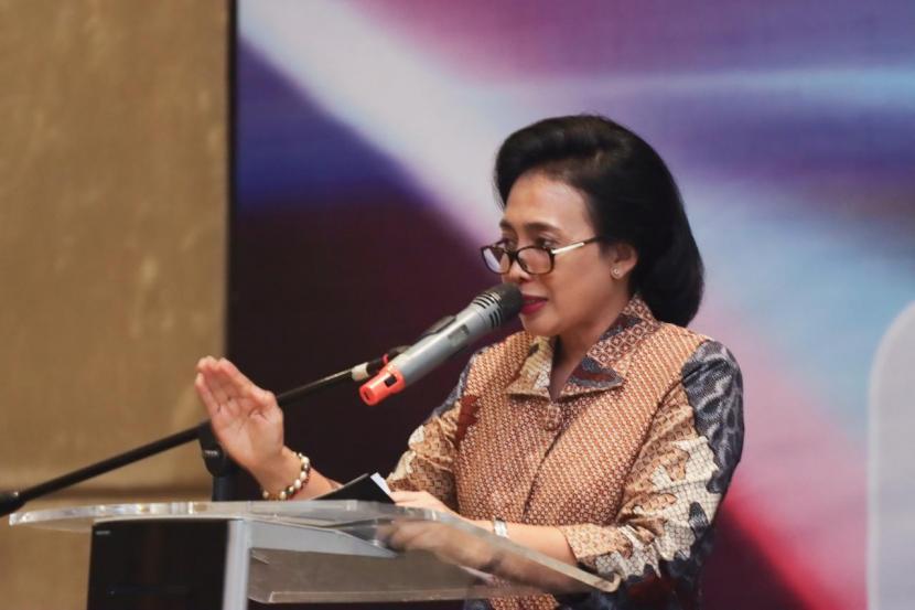 Menteri PPPA, Bintang Puspayoga, menyatakan komitmennya untuk melarang segala bentuk iklan rokok.