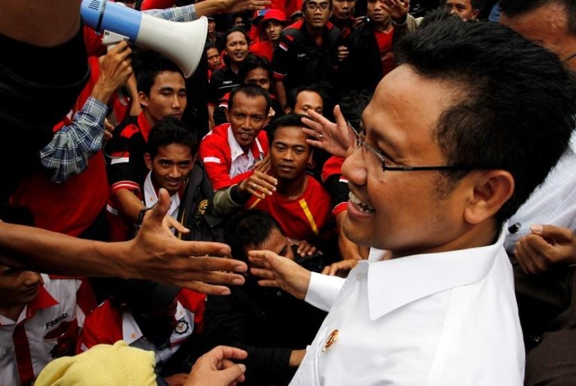 Menteri Tenaga Kerja dan Transmigrasi (Menakertrans) Muhaimin Iskandar