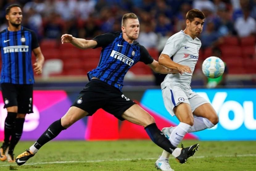 Milan Skriniar (Inter/Tengah)