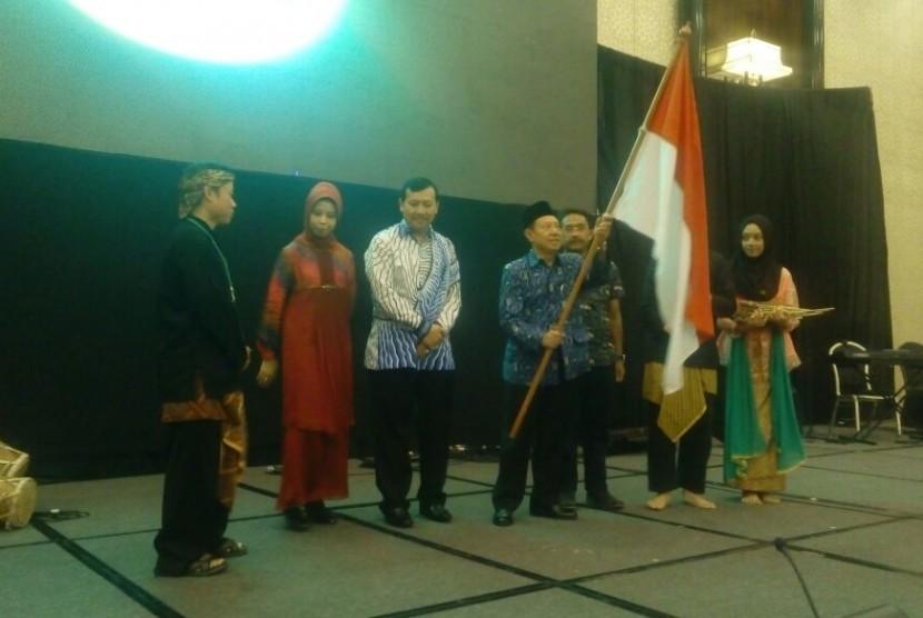 Milangkala Paguyuban Pasundan di Trans Convention Centre, Kota Bandung, Sabtu (23/7).