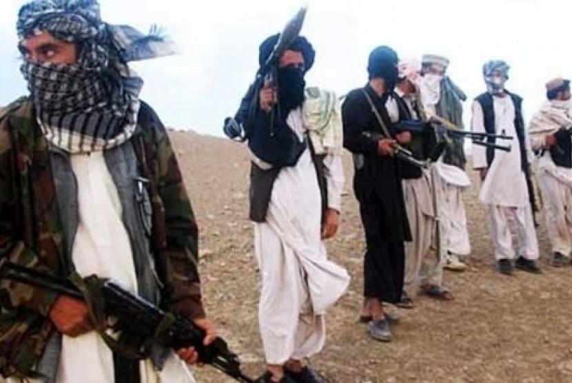 Belum ada keterangan resmi dari Afghanistan terkait pembunuhan ulama. Milisi Taliban (ilustrasi)