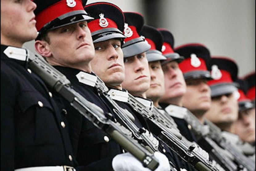 Hasil gambar untuk militer inggris