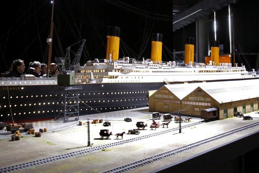 Miniatur Titanic dengan skala 1:30. (Ilustrasi).