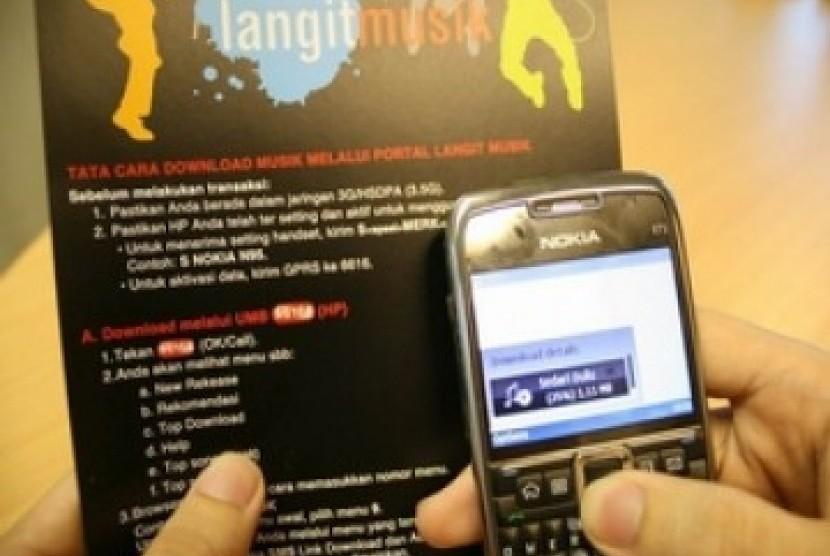 Mobile Internet: Mobile internet menjadi salah satu tren baru pelanggan seluler