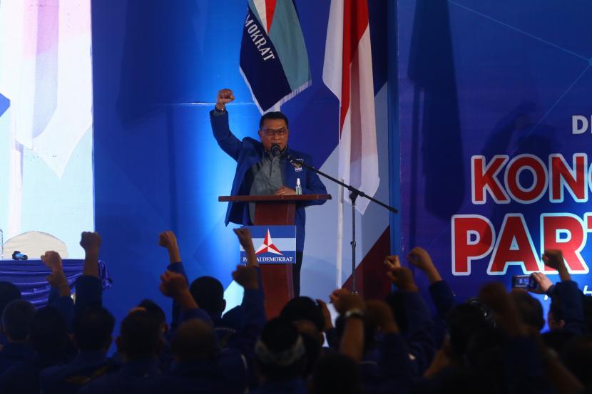 Moeldoko menyampaikan pidato perdana saat Kongres Luar Biasa (KLB) Partai Demokrat di The Hill Hotel Sibolangit, Deli Serdang, Sumatera Utara, Jumat (5/3/2021). Berdasarkan hasil KLB, Moeldoko terpilih menjadi Ketua Umum Partai Demokrat periode 2021-2025.
