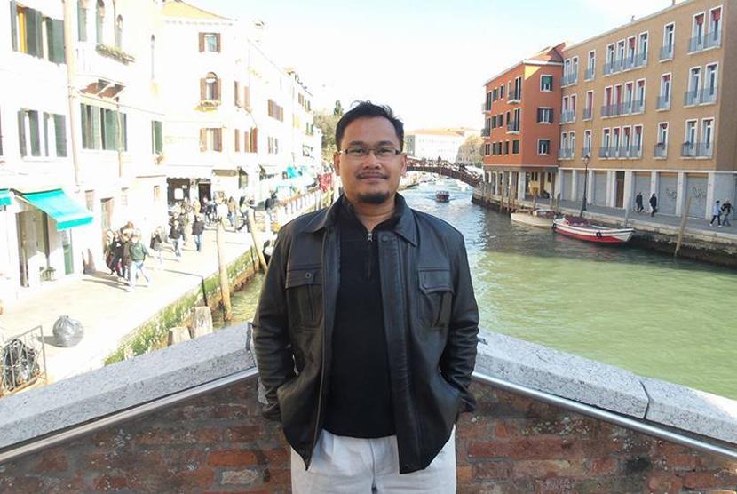Mohamad Riadz bin Tan Sri Mohamad Hashim Ketua Bahagian Parti Pribumi Bersatu Malaysia