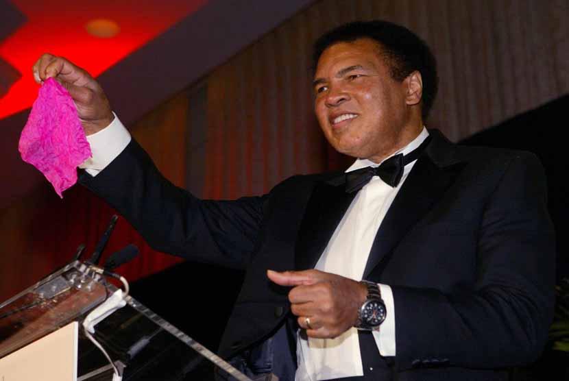 Muhammad Ali (file)