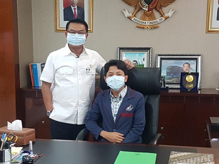 Muhammad Ilham Alfarisi saat diterima oleh Kepala Staf Kepresidenan Moeldoko dalam rangka peringatan Hari Anak Nasional, Kamis (23/7).