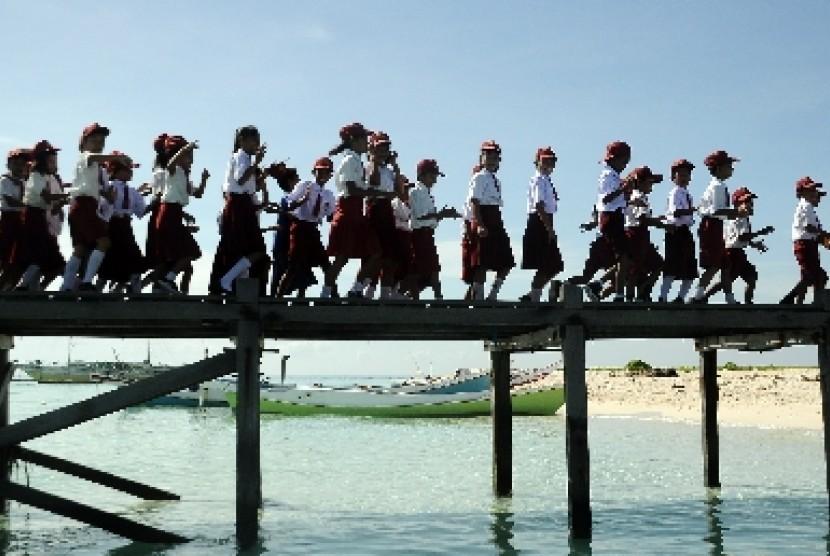Murid-murid Sekolah Dasar Negeri (ilustrasi).