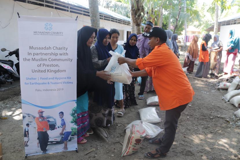 Musaadah Charity dan Rumah Zakat meresmikan huntara baru di Donggala.