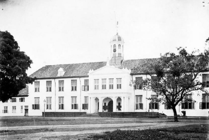 Museum Sejarah Jakarta atau Standhuis.