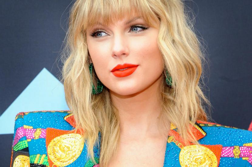 Taylor Swift Batalkan Lover Fest Tour Republika Online