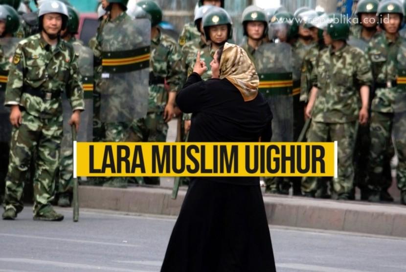 Muslim AS Tolak Pembangunan Hotel di Bekas Masjid Uighur. Foto: Muslim Uighur dan aparat keamanan di Cina (ilustrasi)